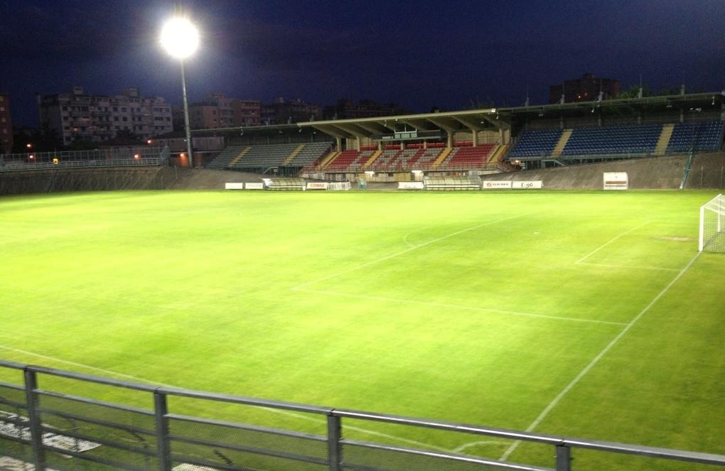 http://www.ultrascarpi.it/immagini/stadio.jpg